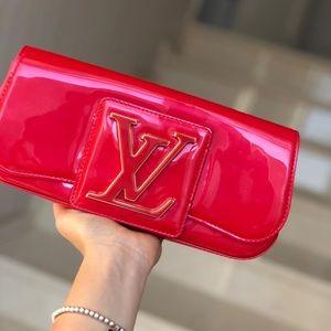 Louis Vuitton sobe clutch red